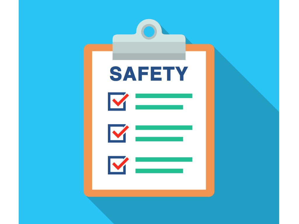 campus safety checklist with tips on how to stay safe on campus